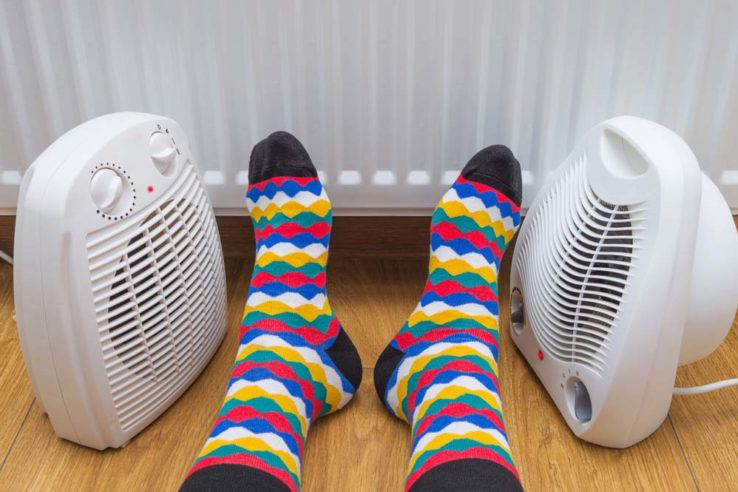 Should-You-Use-an-Electric-Heater-to-Stay-Warm-Indoors